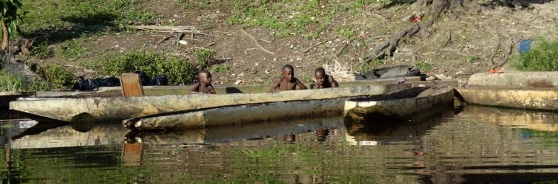 Cameroon canoe 2013